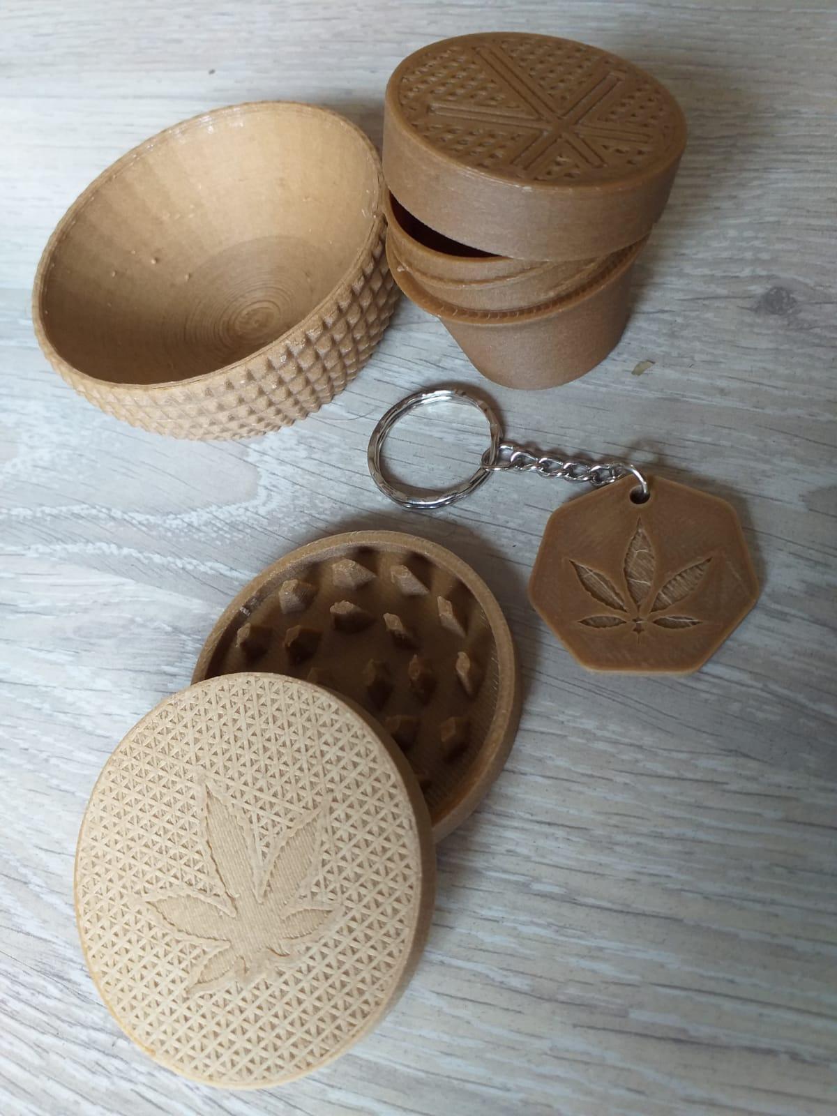 Image of Kit DolceVita- portachiavi, ciotola-mistiera, grinder, vasetto