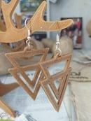 Image 1 of Orecchini a triangolo in bio-plastica a basa di Canapa