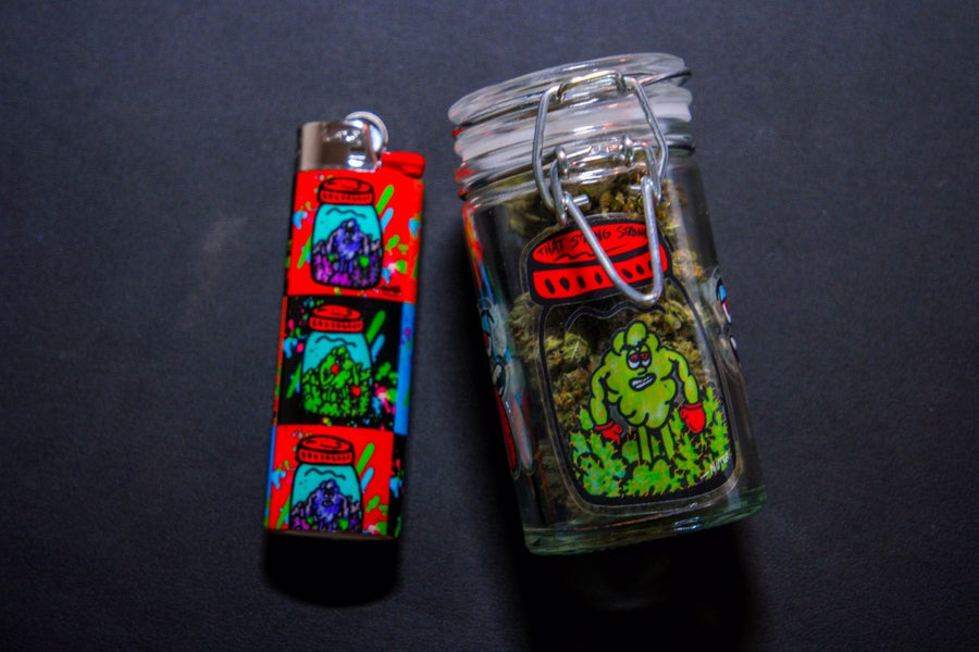 Image of Strong Strong Weed Stash Jar