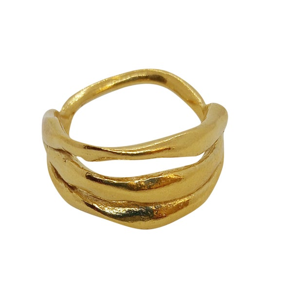 Image of Lucia Ring