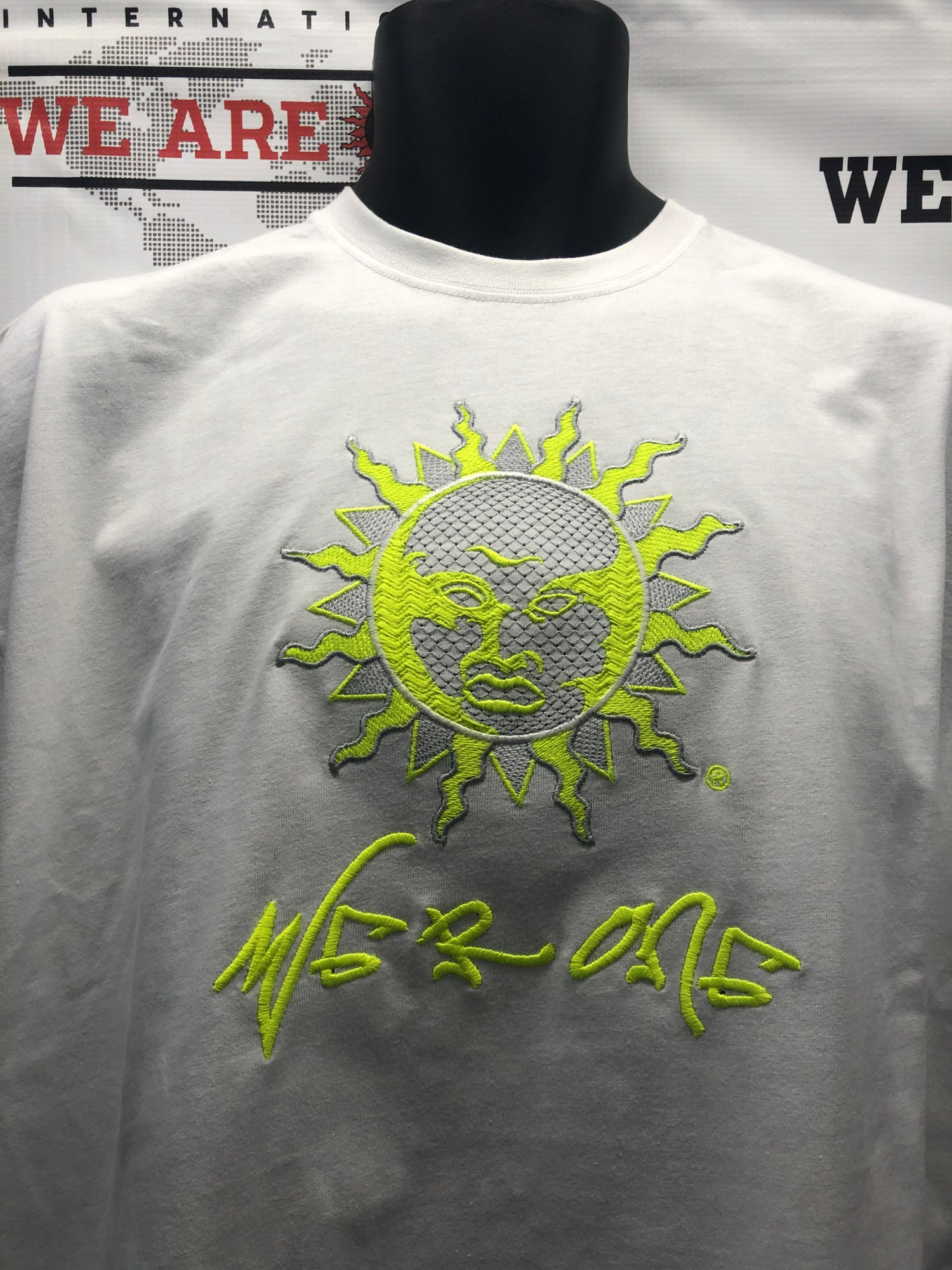 Image of BIG SUN WHT/NEON YELL