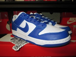 "Image of Nike Dunk Low SP ""Kentucky"""