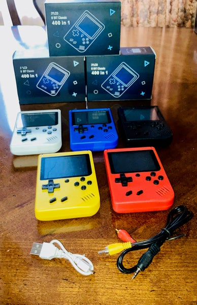 Image of 8 Bit Classic 400-in-1 Retro Handheld Console
