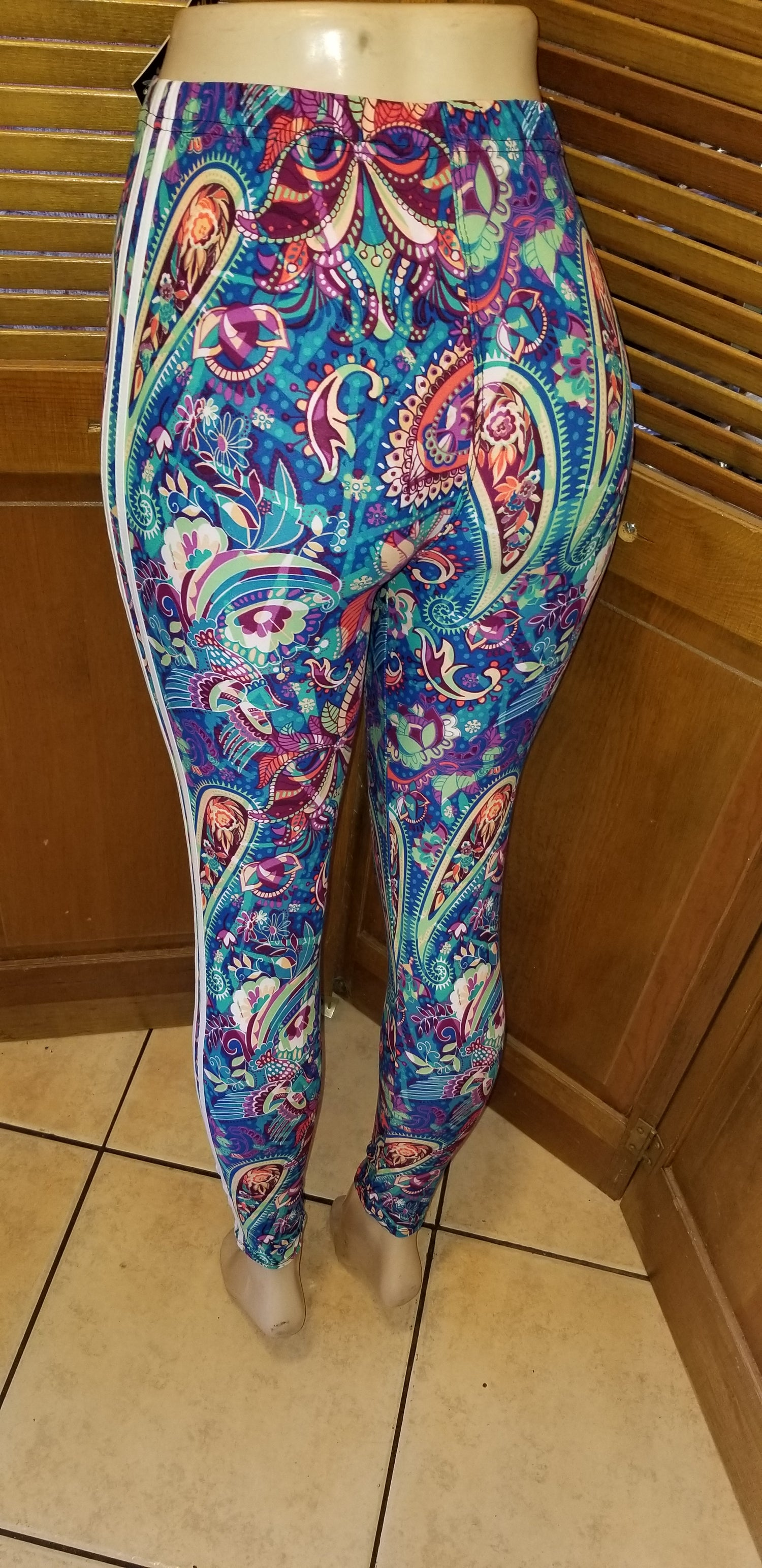 Image of Neon paisley Leggings