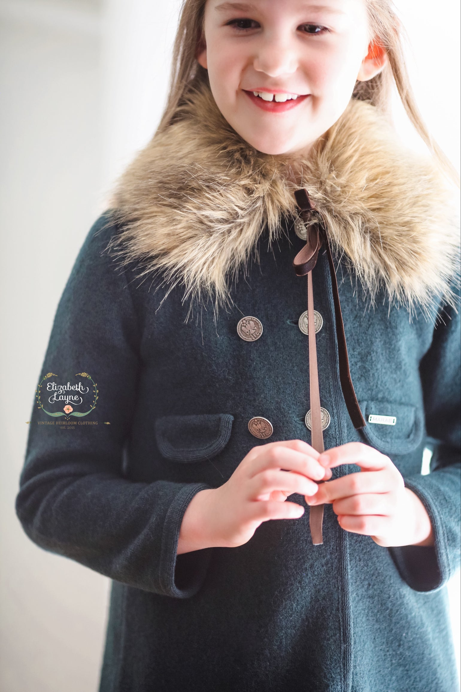 Image of Luxury Faux Fur Collar