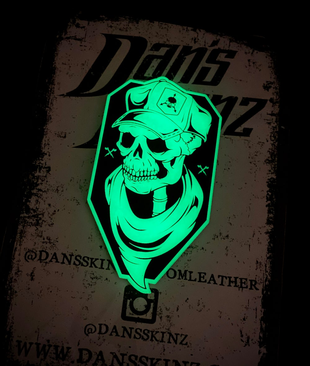 Image of V14 - 2020 New Logo - Skullie (1st Edition) / Dan'sSkinz Collaboration / GITD