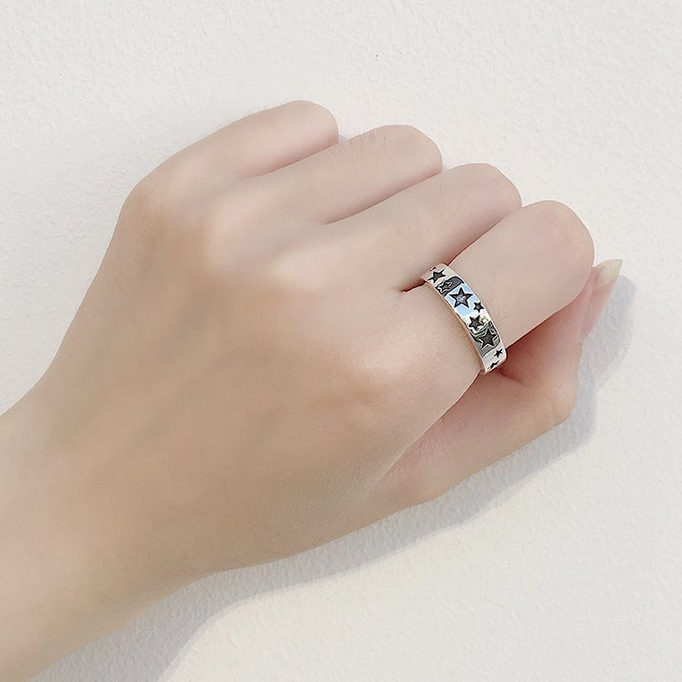 Black Star Retro Star Ring (925 Silver)