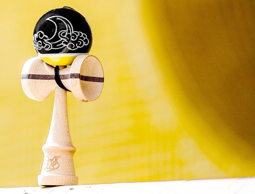 Image of Wai Chai Pro Model Black/Yellow