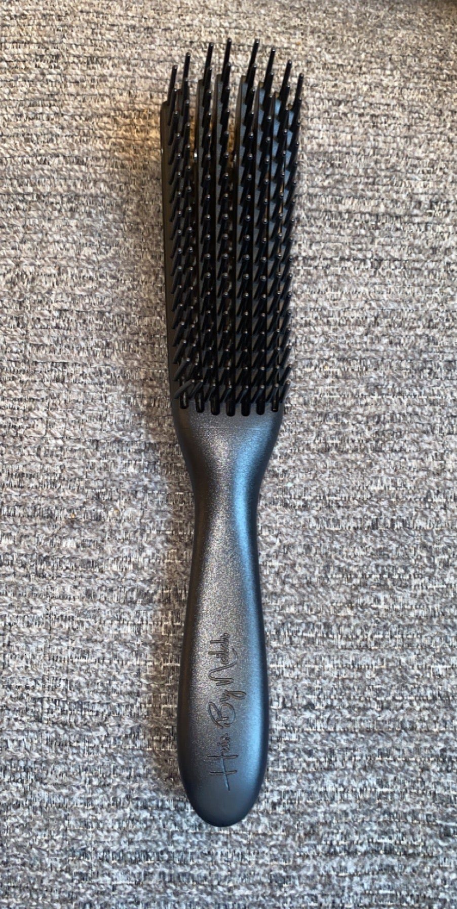 Image of HBN detangling brush