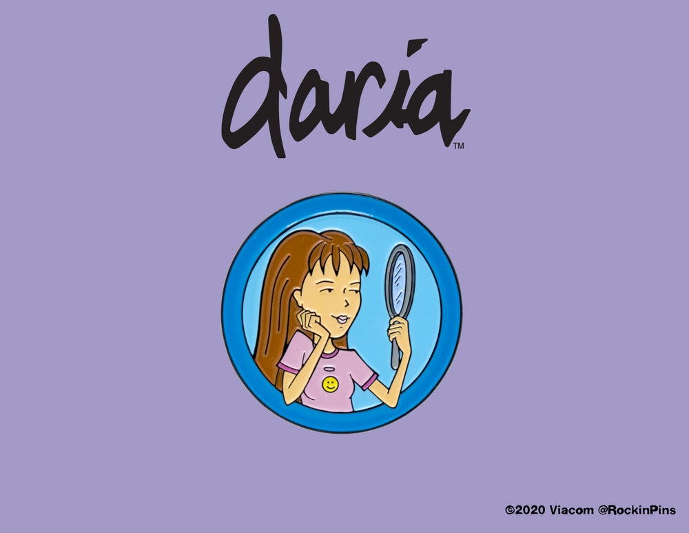 Image of Daria - Quinn Morgendorffer Circle Enamel Pin