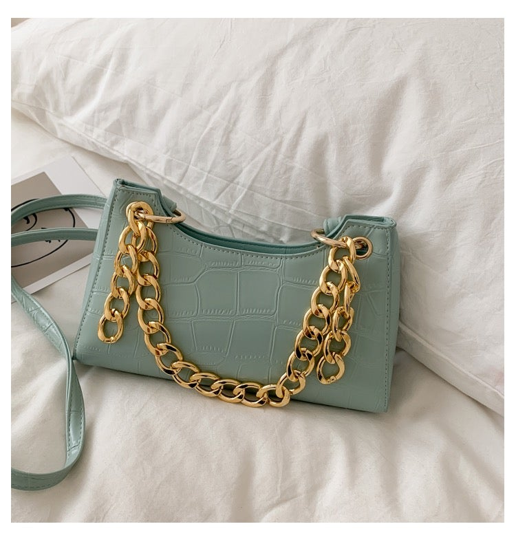 "Image of ""Linked-Up"" Chain Purse"