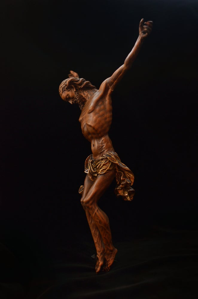 Image of An exquisitely carved Baroque devotional crucifix, possibly by Johann Joachim Kändler