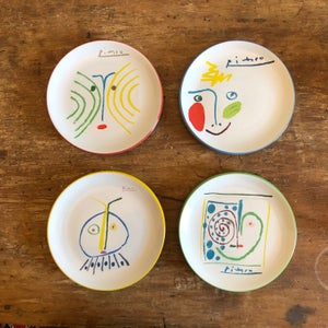 Image of Set of 8 Picasso Crayon Collection Plates