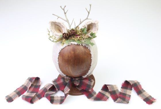 Image of Newborn Reindeer Bonnet - f