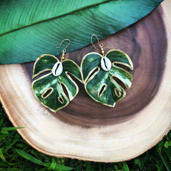Image of Monstera Shell Earrings