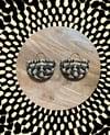 •bon bon• woven earrings - black/        natural