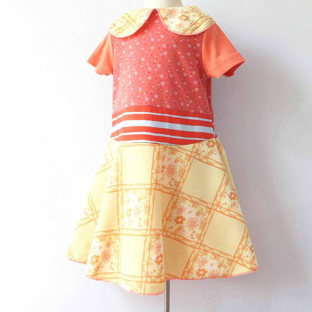 Image of golden gold yellow orange vintage peter pan 5/6 collar short sleeve courtneycourtney dress twirl