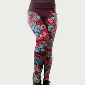 Image of Slowdown Peony Leggings