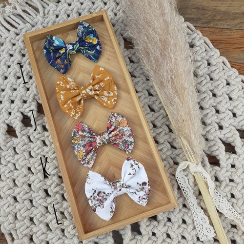 Image of Floral Bows