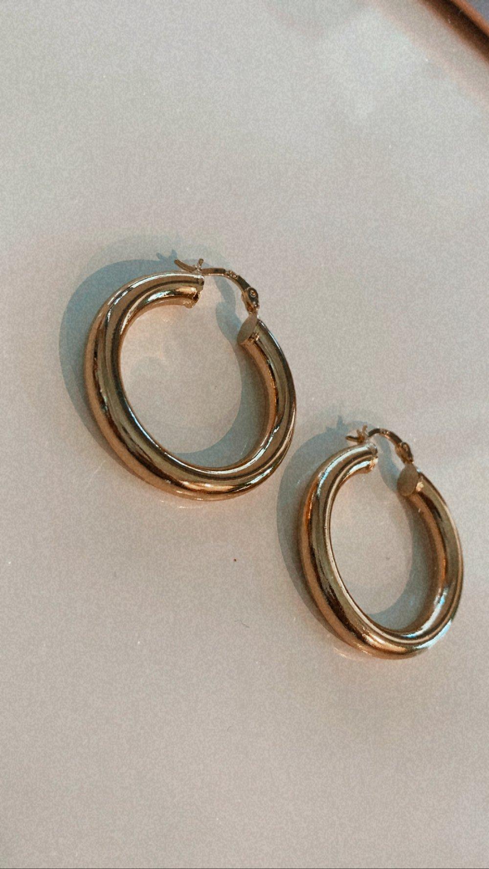 Aileen mini hoops