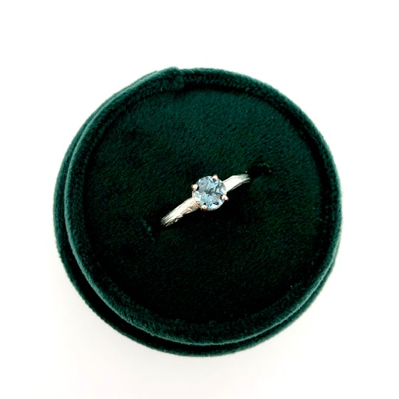 Image of Malawi sapphire engagement ring