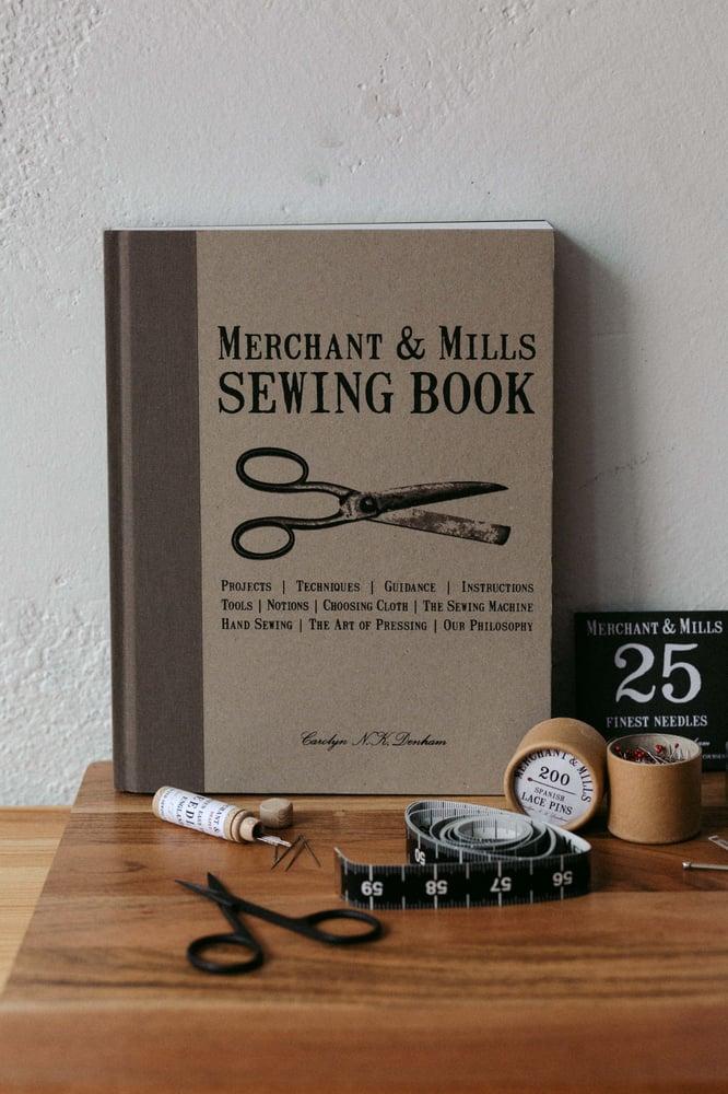Image of Libro Sewing Book de Merchant & Mills
