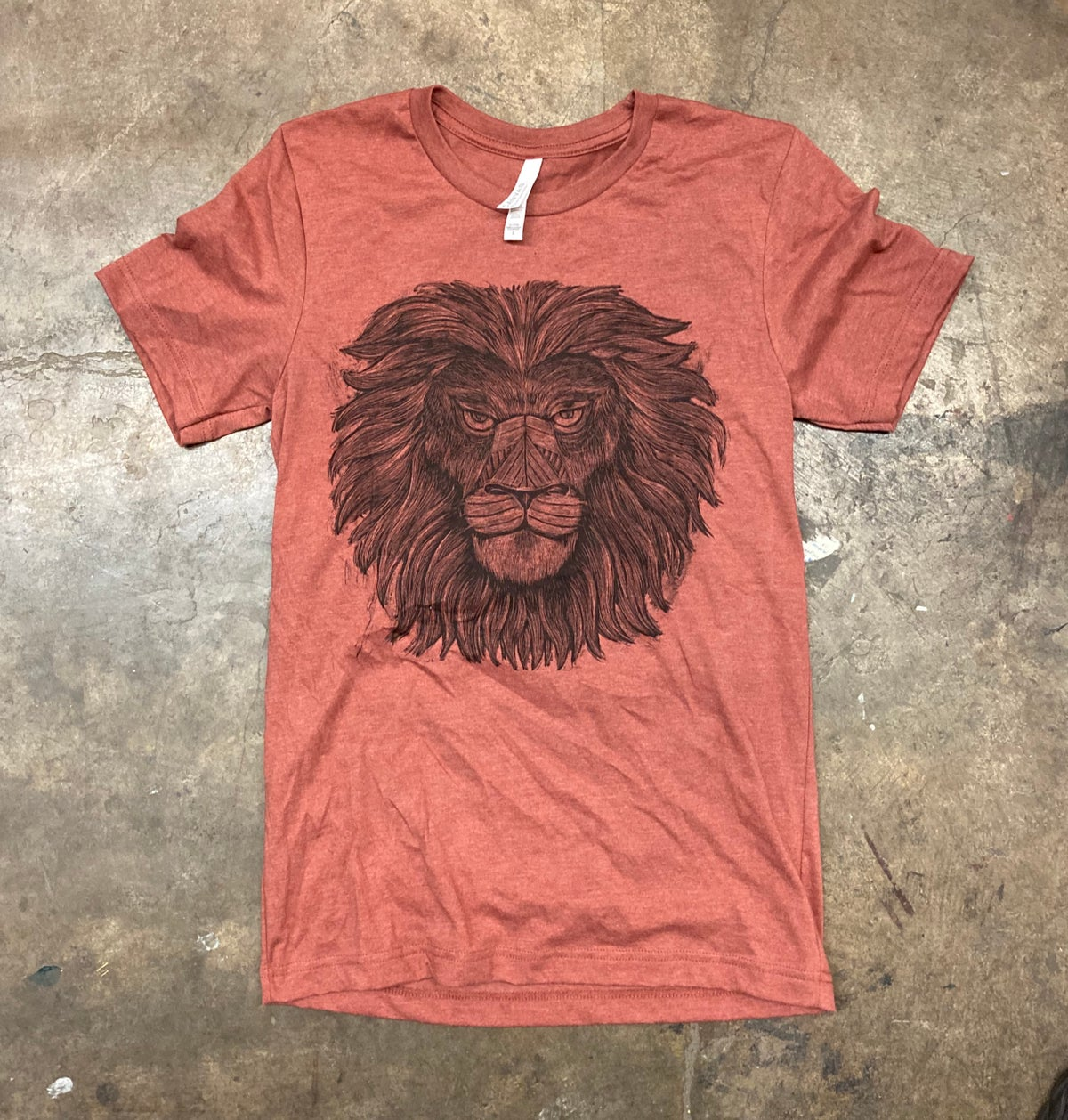 Iron Lion Tee Rust