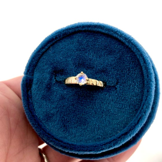 Image of 14k gold rainbow moonstone ring