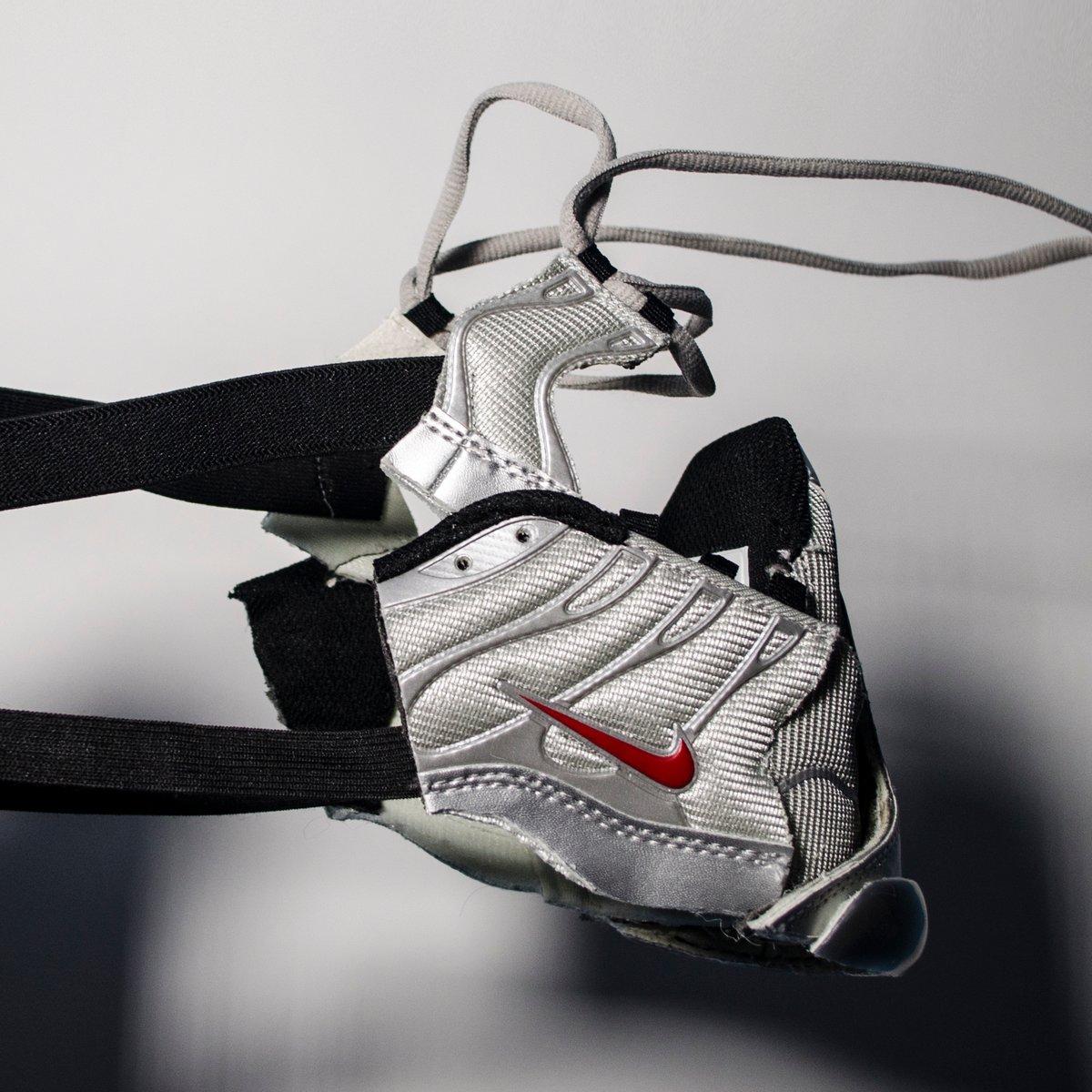 Image of SNEAKER MASK - / SILVER - GREY /  HEAD PIECE