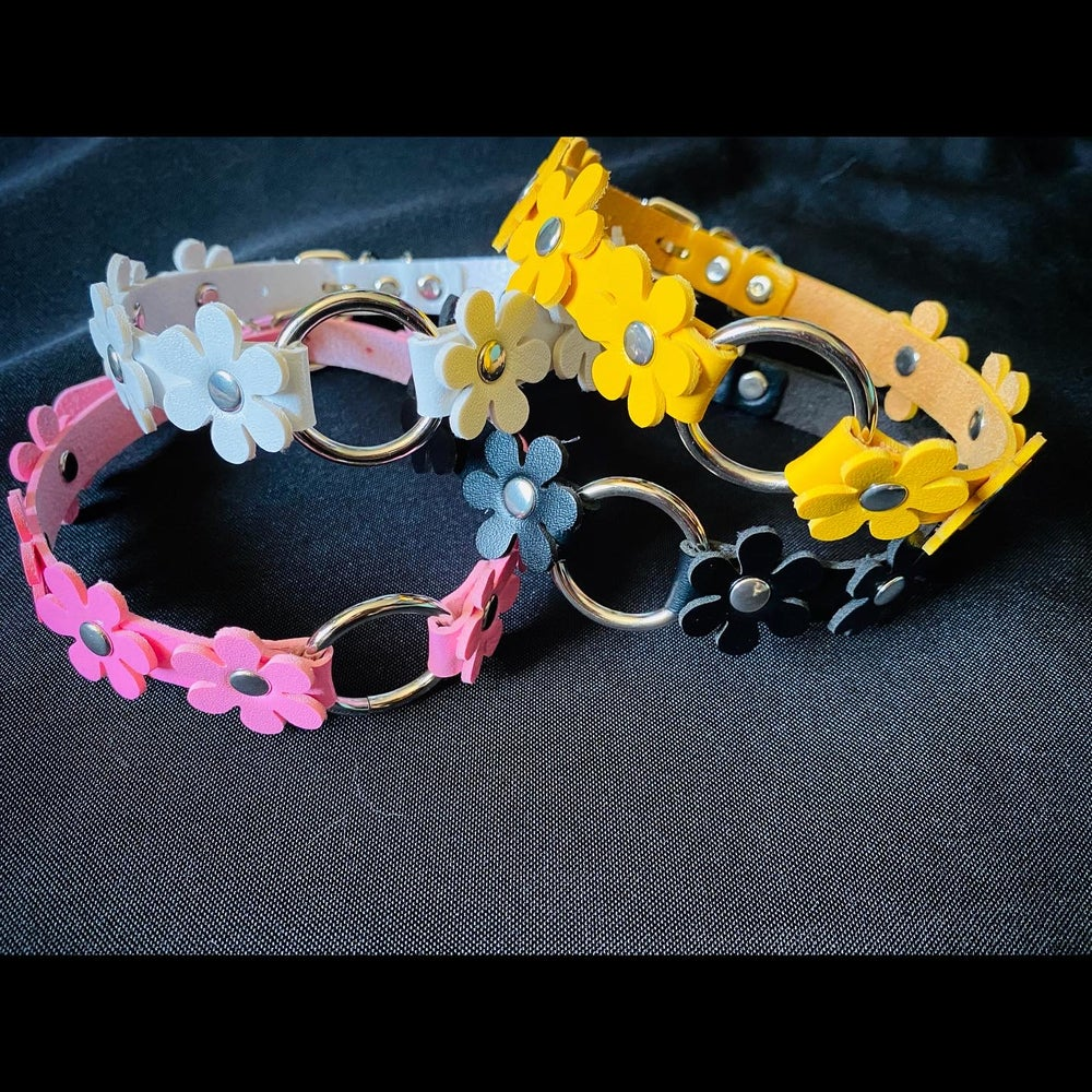 Kawaii Goth Daisy Chokers (4 colors)
