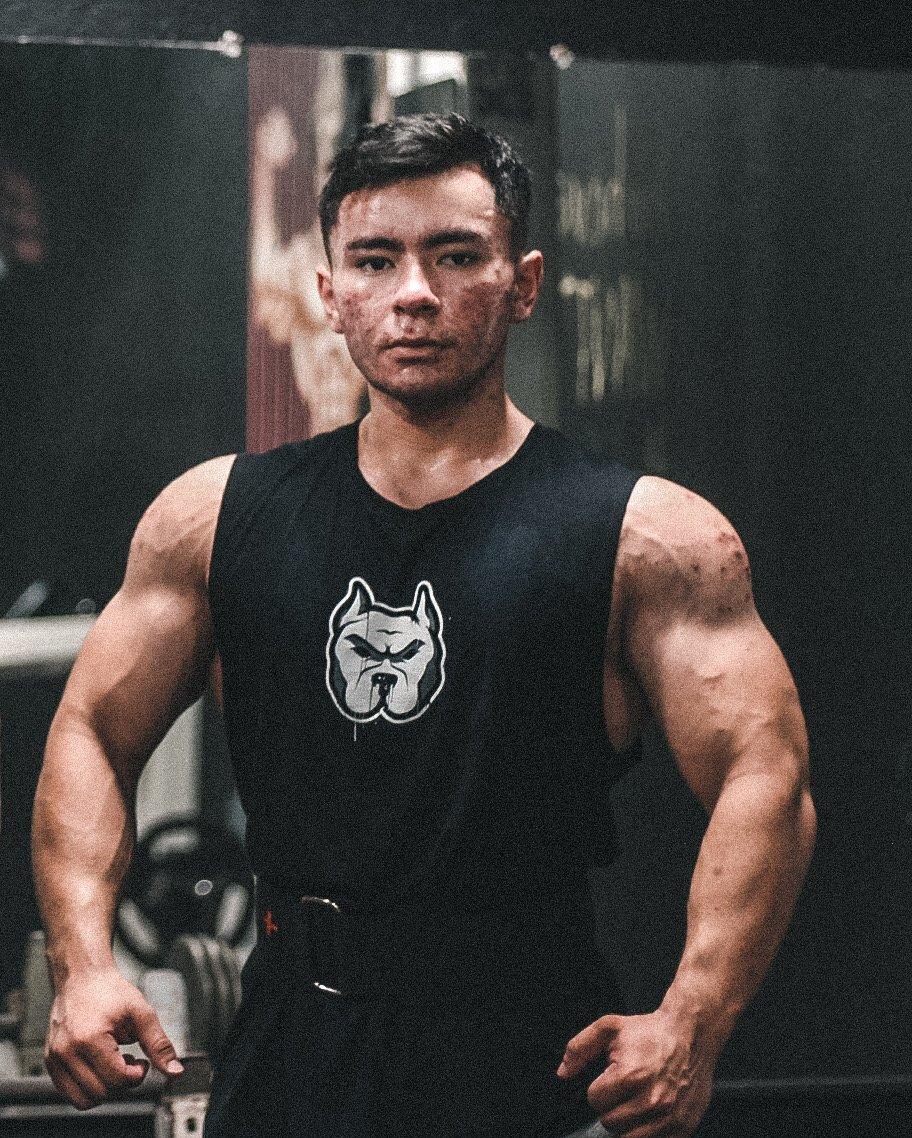 Marathon Muscle Tee