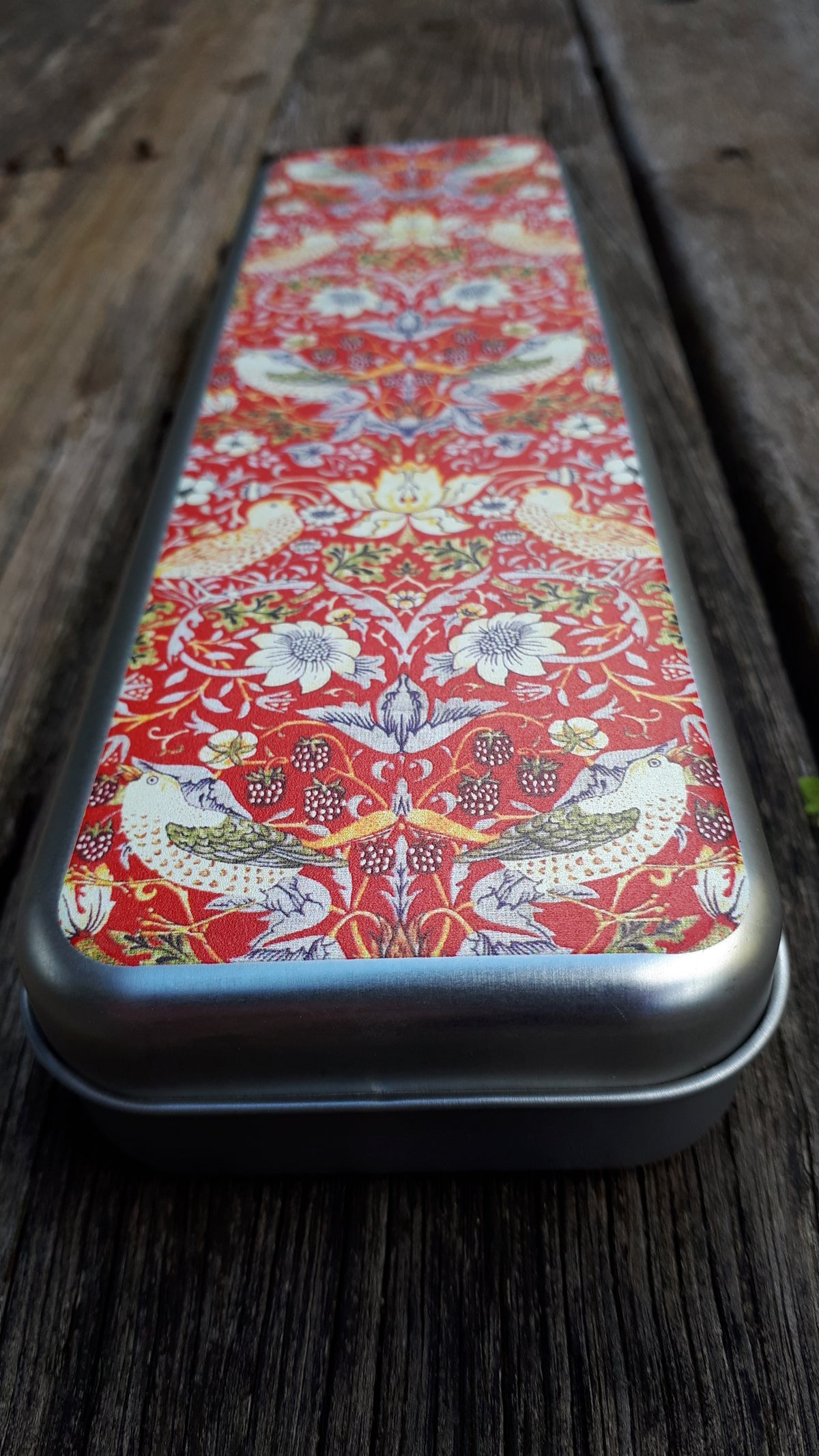 Image of William Morris Pencil Box - Strawberry Thief