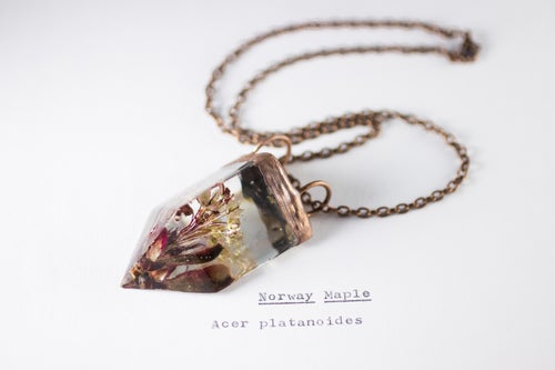 Image of Norway Maple (Acer platanoides) - Small Copper Prism Necklace #1