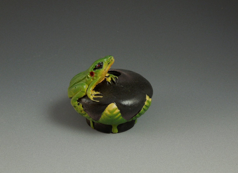 Image of Mini Frog Bowl