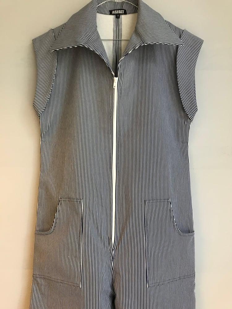 Image of Josephine buksedragt i mørkeblå mælkedrengestriber