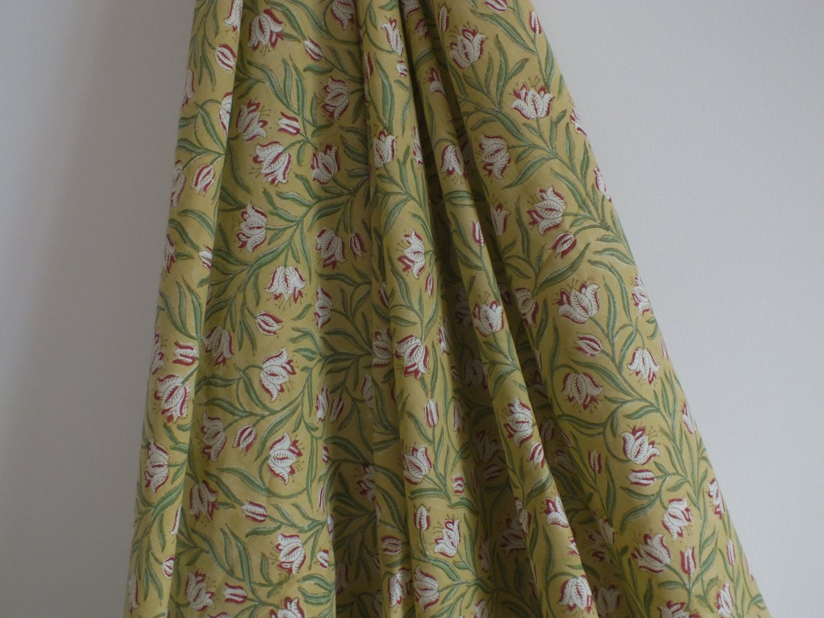 Image of Namasté fabric fond jaune petits coquelicots