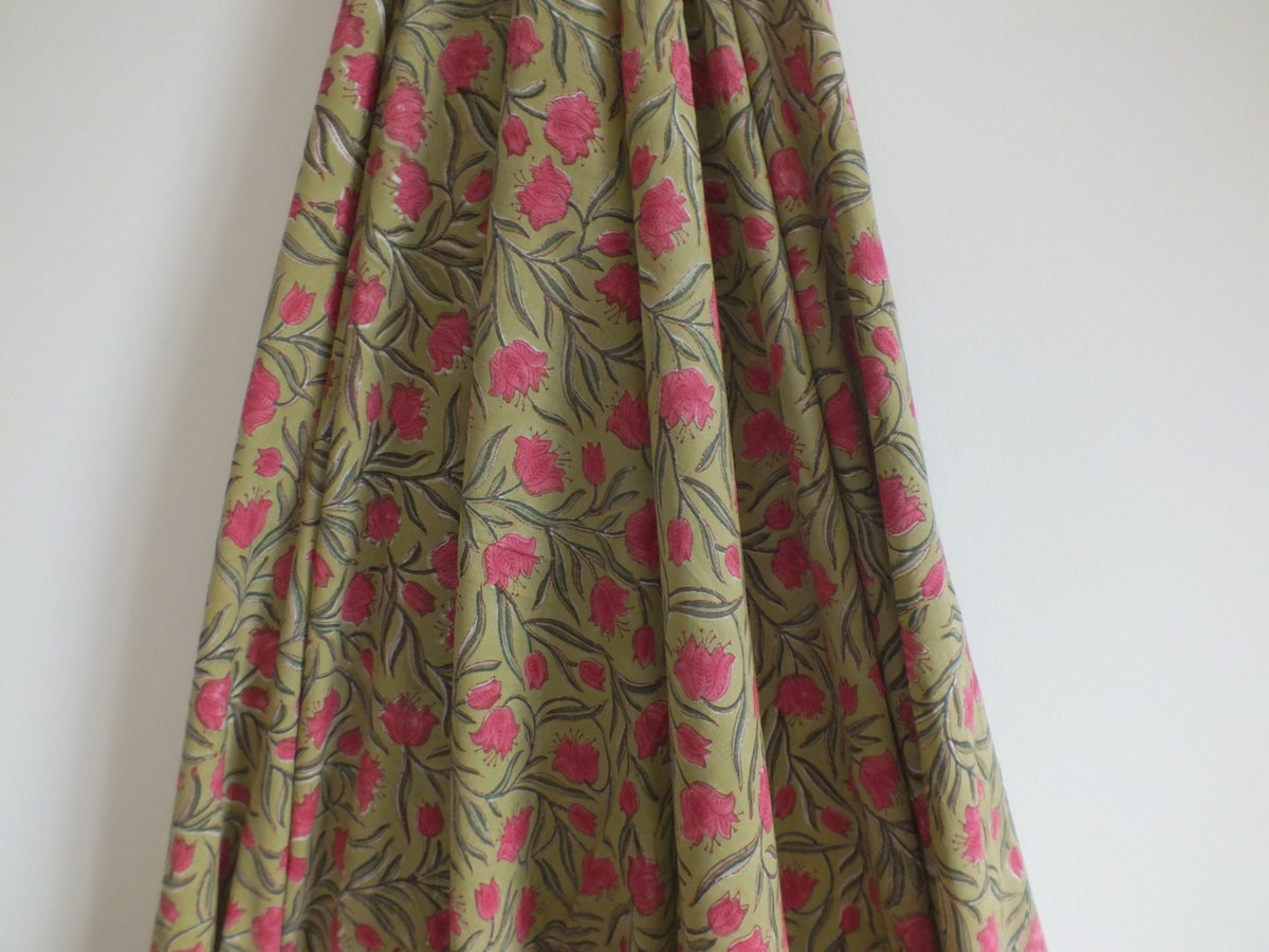 Image of Namasté fabric fond camel tulipes roses