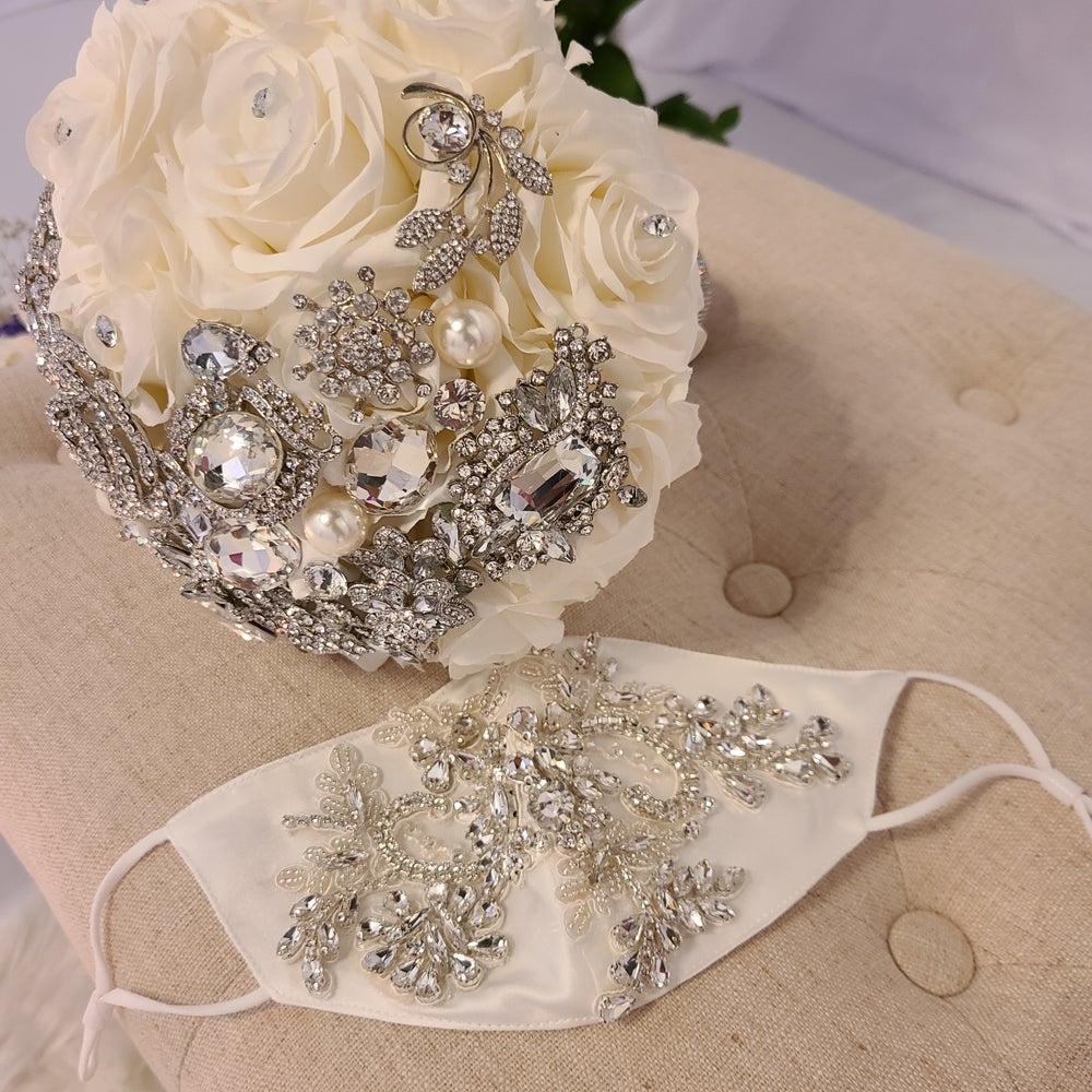"""Ellie"" Rhinestone Embroidery Mask"