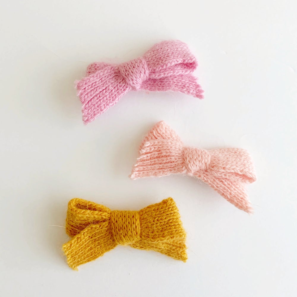 Image of Sweater Bows
