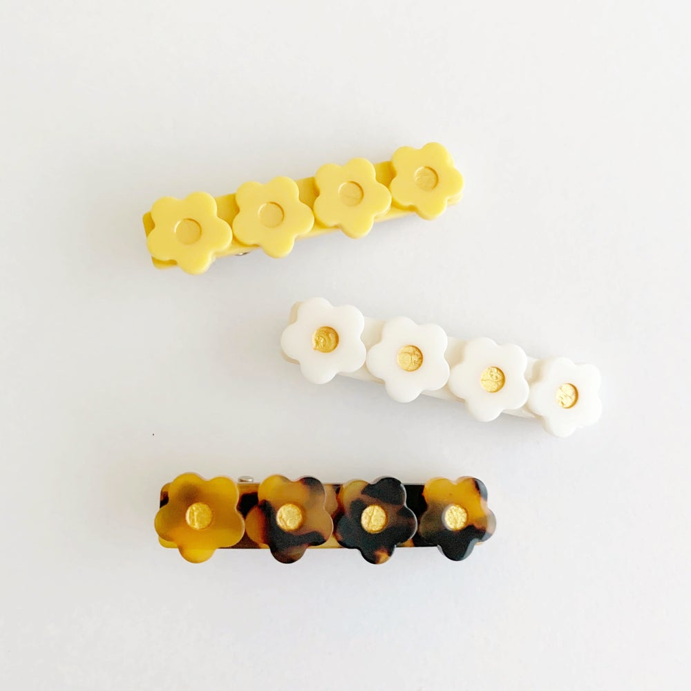 Image of Daisy Acetate Hair Clips