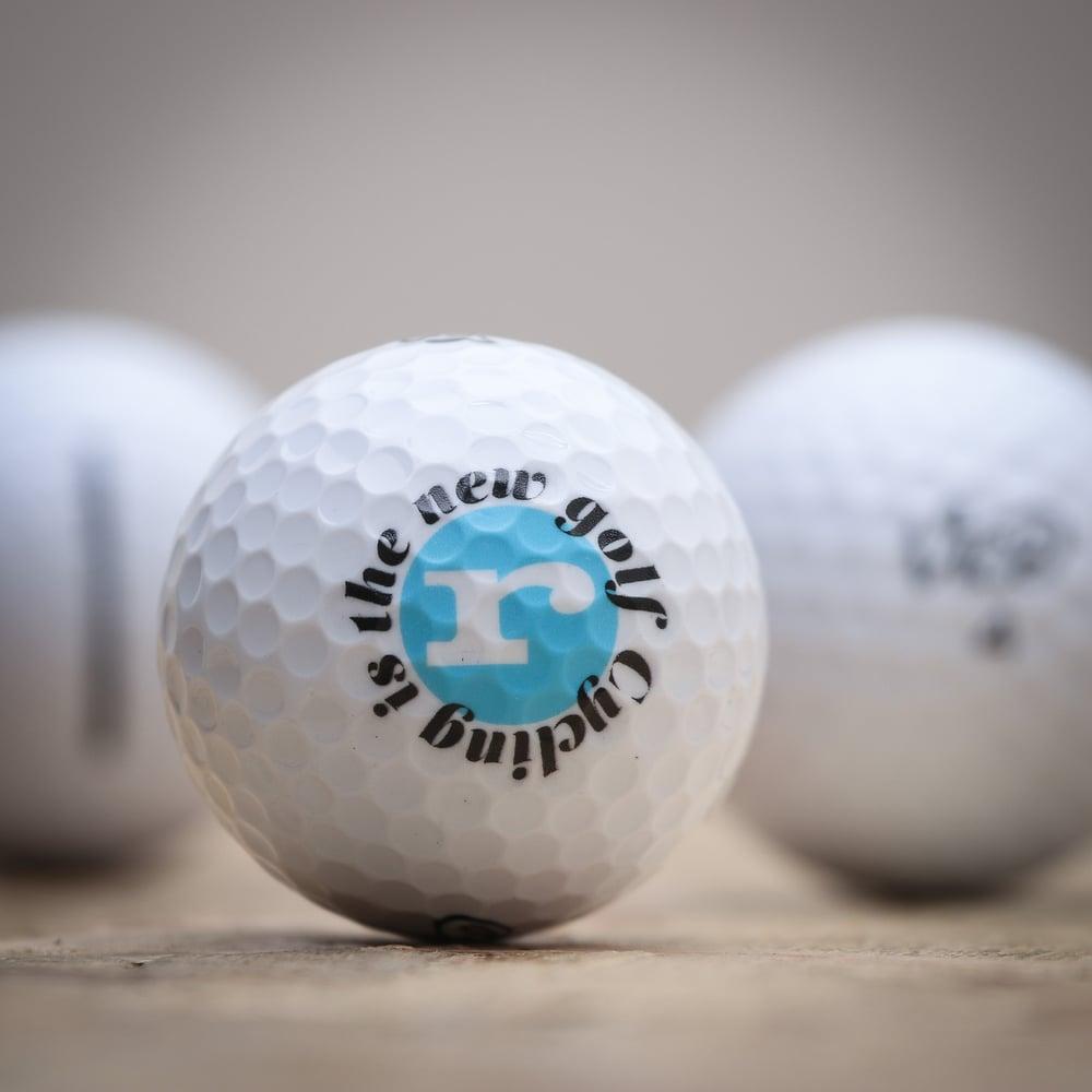 Image of road.cc golf balls (box of 3)