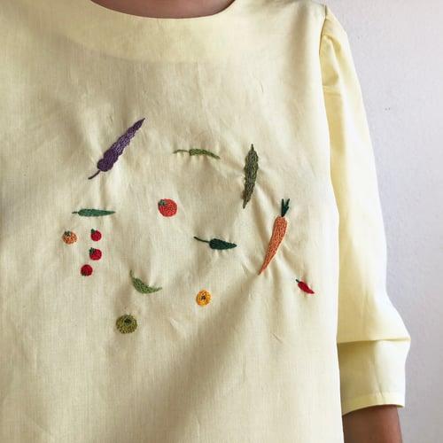 Image of Pre-order: Margareth Veggies shirt - Damaja designed shirt, made of 100% organic cotton in Berlin