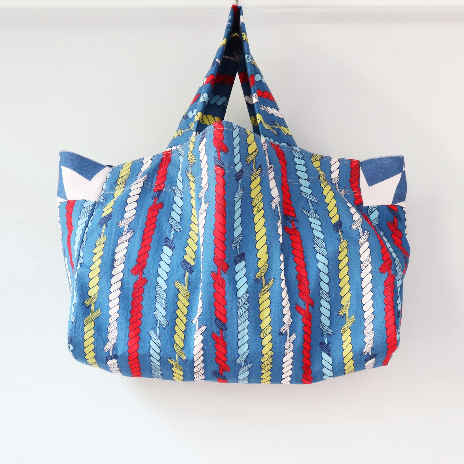 Image of nautical ropes blue red lightweight vintage fabric tote totebag bag courtneycourtney