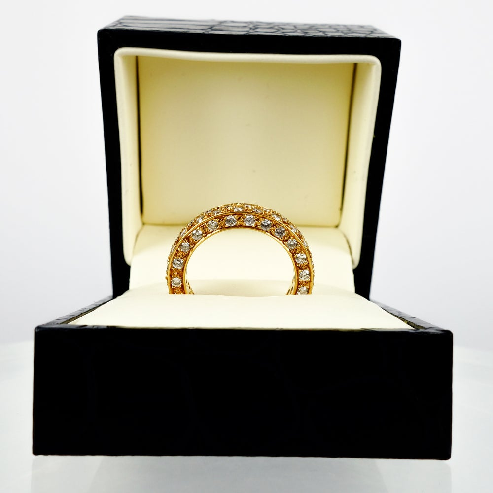 Image of 18ct yellow gold diamond dress ring