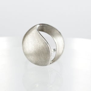 Image of Sterling silver contemporary designed dress ring