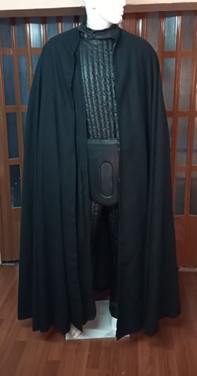 Image of VADER CAPE (30% whool, 70% Polyester)