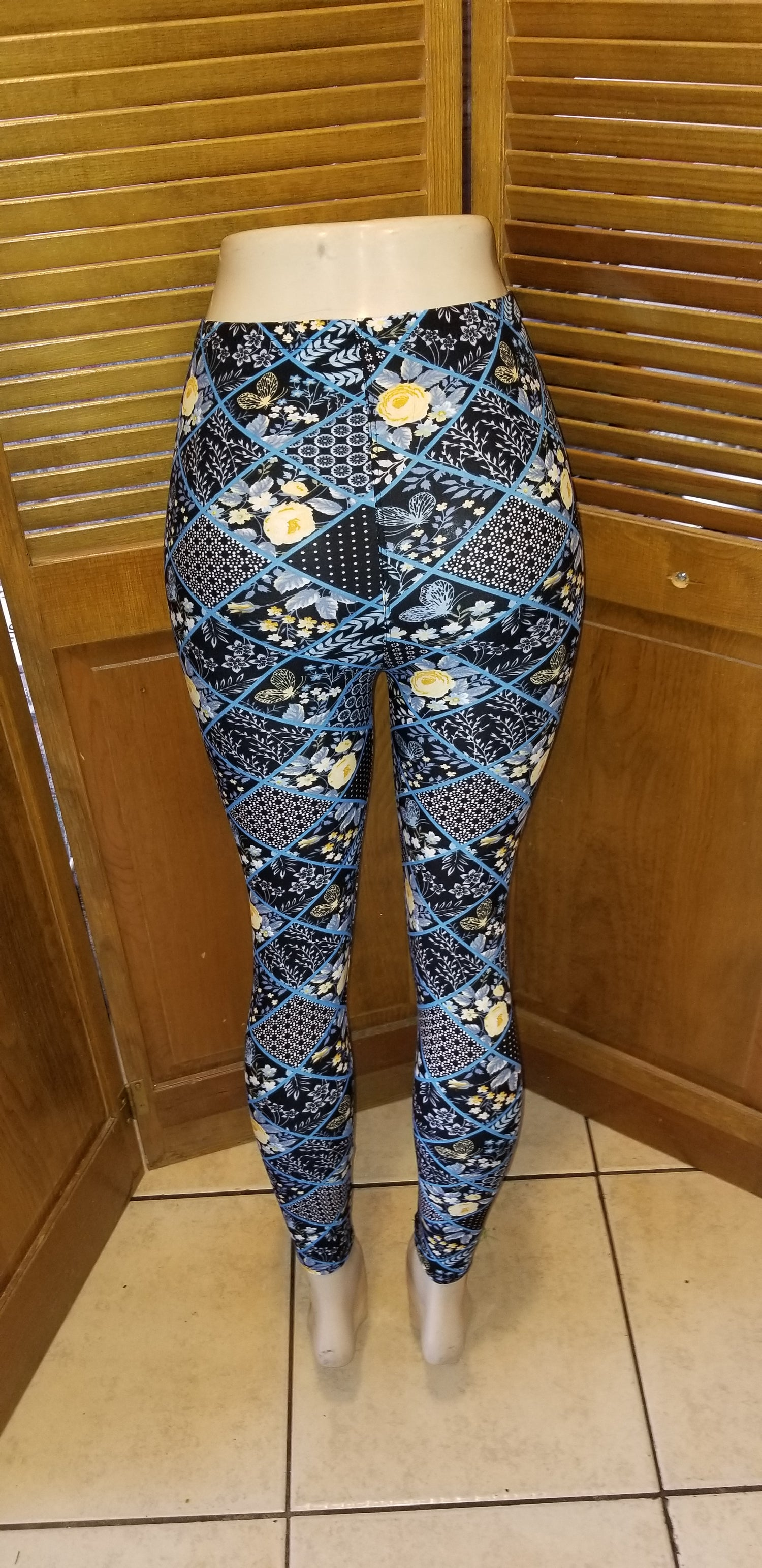 Image of One size flower square Leggings