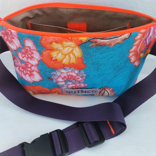 Image of Hip Bag Flower