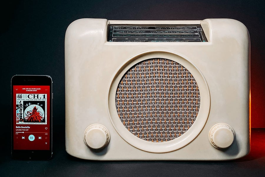 Image of BUSH EBS3 (1946) SPEAKER BLUETOOTH