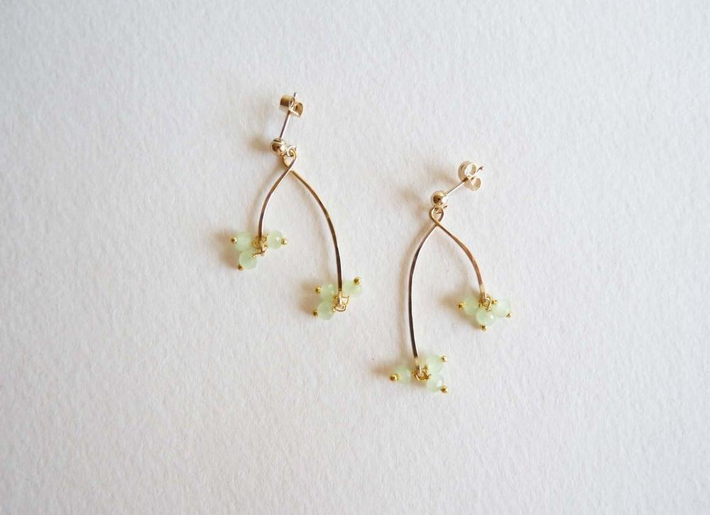 Image of Branch chalcedony earrings
